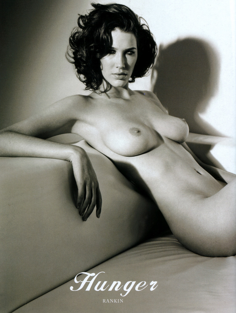 Nude full figured girls